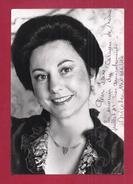 PHOTOGRAPHIE DE LA DIVA NICOLE MONESTIER - AUTOGRAPHE MANUSCRIT EN SOUVENIR DE CARMEN NIMES 1989 - Autogramme & Autographen