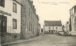 PIE-D-17-232 : PLUMAUGAT  PLACE DE LA MAIRIE - Autres Communes