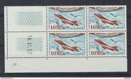 COIN DATE PA 1957 N**  FRANCE POSTE AERIENNE N°30 émis En 1954 Cote 2015 = 17.50 Euros