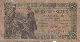 BILLETE DE ESPAÑA DE 5 PTAS DEL 15/06/1945 SERIE D CALIDAD RC  (BANKNOTE) - [ 3] 1936-1975 : Régimen De Franco