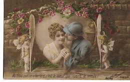 """""""  Au  Font  Comme à  L,arrière ,  C,est  Le  Coeur  Qui  """" Tient """"  Le  Mieux  !""""  Couple Dans Coeur Avec 2  Cupidons - Patriotic"""