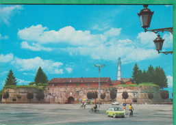 Italie - Casale Monferrato - Castello (voiture, Automobile, Solex) - Alessandria