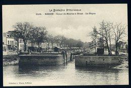 Cpa Du 35  Redon  - Canal De Nantes à Brest - La Digue     NCL57 - Redon