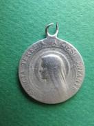 082 - Médaille - Médaille Aluminium - Sancta Teresia A Jesus Infante