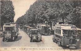PARIS -  Boulevard Saint Martin, Vue Prise De La Place De La République - Autobus - Transport Urbain En Surface