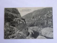 Les Gorges De L'Hérault  La Voute Et Les Cascadelles - France