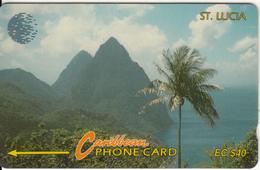 ST. LUCIA ISL.(GPT) -  Pitons 2, CN : 12CSLC, Tirage 10000, Used - Saint Lucia