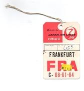 Etiquette Japan Air Lines Frankfurt FRA C-08-61-84 Avec Ficelle - Étiquettes à Bagages