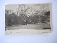 CPA MOULINS-Les Cours Et Le Cercle Debut 1900  T.B.E.