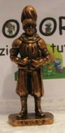 MONDOSORPRESA, KINDER FERRERO (SC35)  SOLDATINI DI METALLO GUARDIE SVIZZERE N° 2 K96 N75, SENZA COSTRUZIONE - Figurine In Metallo