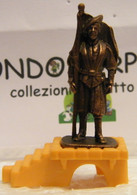 MONDOSORPRESA, KINDER FERRERO (SC35)  SOLDATINI DI METALLO GUARDIE SVIZZERE N° 4 K96 N°77, COMPLETA - Figurine In Metallo