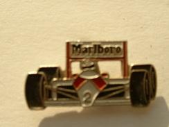 PIN´S F1 - MC LAREN - MARLBORO - F1