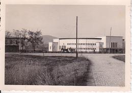 Foto Bulgarien - Gebäude (Kaserne?) Und Pferdefuhrwerk -  Ca. 1940 - 8*5cm  (27613) - Lieux