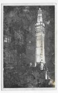 LILLE EN 1956 - N° 301 - VUE DE NUIT - LE BEFFROI ILLUMINE- FORMAT CPA VOYAGEE - Lille