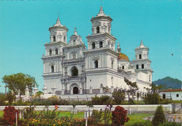 GUATEMALA - Basilica De Esquipulas - Guatemala