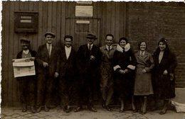 CARTE PHOTO 1930  LEVALLOIS PERRET 76 RUE GIDE TOUT LE PERSONNEL ET PATRON DE LA SOCIETE L ACCESSOIRE DE PRECISION - Levallois Perret