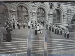 56 VANNES PHOTO GROUPE MUSICAL BLEUN BRUG RECEPTION OFFICIELLE A L'OUVERTURE   AOUT1954 - Lieux
