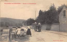 21 - COTE D'OR - SAVIGNY LES BEAUNE - Route De Bouilland - Animée - France