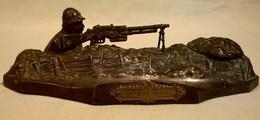Ancien Encrier En Régule - Algérie - Fusil Mitrailleur 24/29 WW2 - A.OUVER - Encriers