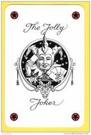 The Jolly Joker - Noir écrit En Noir écriture Cursive Avec 4 étoiles Rouges Et Noires - Speelkaarten