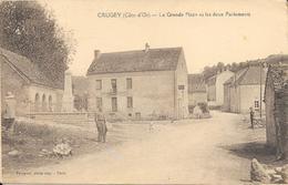CRUGEY - La Grande Place Et Les Deux Parlements - Other Municipalities