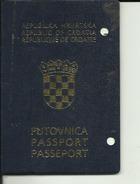 PASSPORT  --   CROATIA  --  II. MODEL  --  GIRL - Historische Dokumente