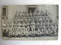 CARTE PHOTO - Militaires Posant En Tenue (21è Inscrit Sur Les Cols) - Regiments