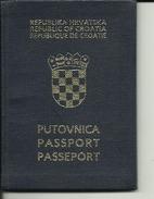 PASSPORT  --   CROATIA  --  I. MODEL  -- - Documents Historiques