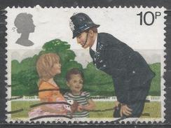 Great Britain 1979, Scott #875 Police Constable And Children (U)