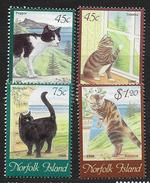 Norfolk 1998 N° 631/634 Neufs Avec Chats