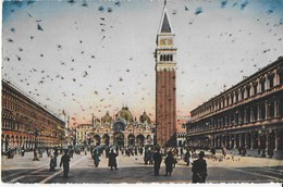 VENETO - VENEZIA PIAZZA S.MARCO - ANNI '50 - EDIZ. BORGONI VENEZIA - VIAGGIATA 1953 FRANCOBOLLO ASPORTATO - Venezia