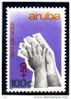 ARUBA    N°  66   * *   ( Cote 2.70e )  Main D Enfants Et D Adulte