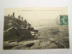 Cp1107 Tom15 LE BOURG DE  BATZ  Les Rochers De La Jetée Les Pecheurs à La Ligne - Batz-sur-Mer (Bourg De B.)
