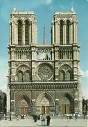 Paris (Parigi, France) Notre Dame Et Le Parvis, Notre Dame E Il Sagrato - Notre Dame De Paris