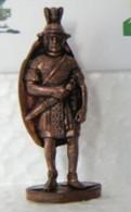 MONDOSORPRESA, KINDER FERRERO (SD8) ROMANO B11, 35mm - Figurine In Metallo