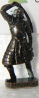 MONDOSORPRESA, KINDER FERRERO (SD16) SAMURAI N°4, SCAME - K93 N°143, BRUNITO - Figurine In Metallo