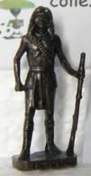 MONDOSORPRESA, KINDER FERRERO (SD17) INDIANI, VICTORIO, SCAME, BRUNITO 40 Mm -K94 N° 112 - Figurine In Metallo