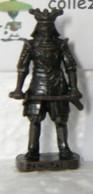 MONDOSORPRESA, KINDER FERRERO (SD18) SAMURAI N°2, SCAME - K93 N°140, BRUNITO - Figurine In Metallo