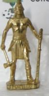 MONDOSORPRESA, KINDER FERRERO (SD24) INDIANI PONTIAC K94 N°111 SCAME, 40mm, DORATO - Figurine In Metallo