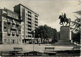 ALESSANDRIA  MONUMENTO AI CADUTI E NUOVI  PALAZZI        (VIAGGIATA) - Alessandria