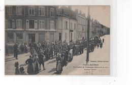 PONT--MOUSSON - Un Convoi De Prisonniers Allemandsen 1914 - Avenue Carnot - Pont A Mousson