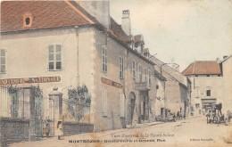 70 - HAUTE SAONE / Montbozon - Gendarmerie Et Grande Rue - Très Beau Cliché Colorisé - Other Municipalities