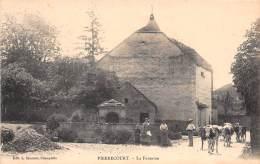 70 - HAUTE SAONE / Pierrecourt - La Fontaine - Beau Cliché Animé - Otros Municipios
