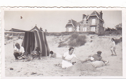 26109 Six 6 Photo Erquy (22 France ) -la Plage En 1936 -Rennes 35 Enfant Bidasse Villa Famille