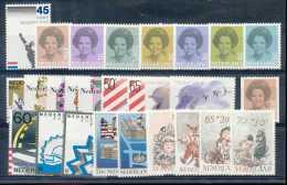 Pays-Bas 1982, Année Complète, SC, */mh, C:38e