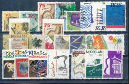 Pays-Bas 1988, Année Complète, SC, */mh, C:28e