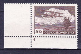 ** Tchécoslovaquie 1930 Mi 308 A (Yv PA 15), (MNH) Coin De Feuille Avec No De Planche