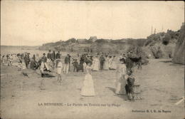 44 - LA BERNERIE-EN-RETZ - PLAGE - TENNIS - La Bernerie-en-Retz