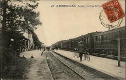 44 - LA BERNERIE-EN-RETZ - Gare - Train - La Bernerie-en-Retz
