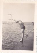 26115 Quatre Photo Erquy (22 France ) (sans Doute?) -la Plage 1937 -Rennes 35 Enfant  Villa Famille -plongeon Chien
